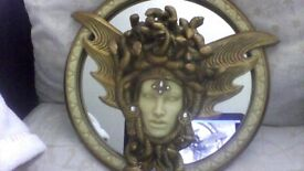 Medusa Wall Mirror/Decor