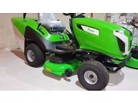 New Viking MT5112 ride on lawnmower/tractor