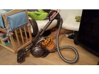 Dyson DC39 Animal Musclehead Bagless Cylinder Vacuum Cleaner.3 x colour available