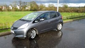 HONDA JAZZ 1.4 V-TEC ES - only 12000 miles plus 1 service of a 4 year service plan remaining