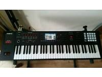 Roland FA 06 Workstation
