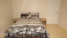 Freshly furnished and decorated double room £325 including bills