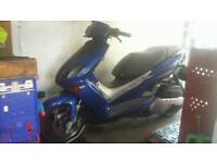 Yamaha xq maxster 125cc