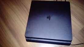 Ps4 slim and pad- only