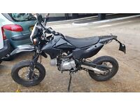 Road legal sp moto 125cc