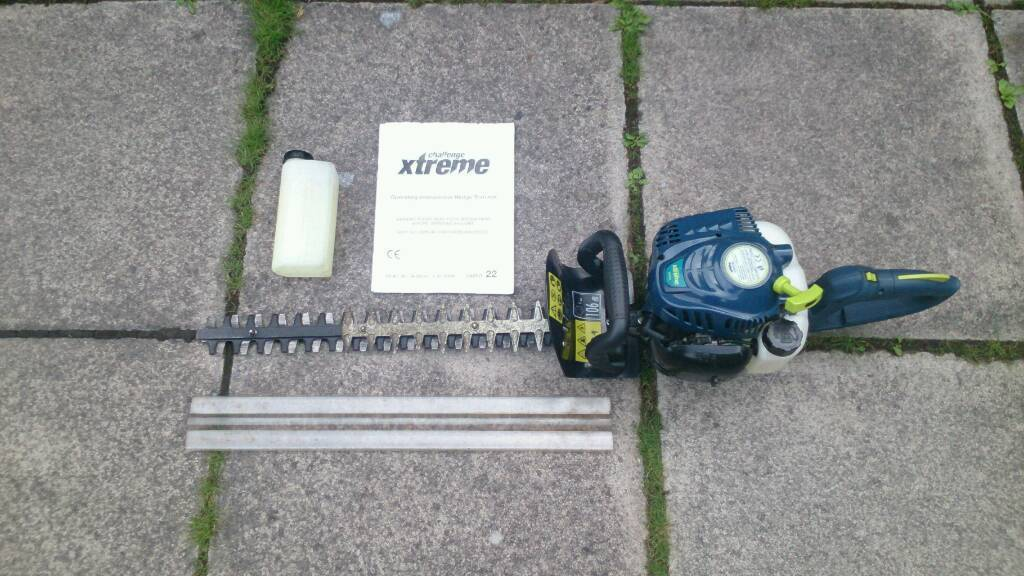 Challenge Xtreme CXPHT22Einhell BrandPetrol Hedge Clippers/ Trimmersin Bangor, County DownGumtree - Here we have for sale a set of Challenge Xtreme CXPHT22 petrol hedge clippers/ trimmers They use 2 stroke petrol/ oil mix at a ratio of 40/1 which is easily measured out using supplied fuel mixing bottle. Easy to start and in great condition. Have...