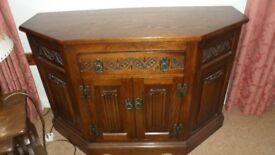 LOVELY OLD CHARM UNIT IN EXCELLENT CONDITION