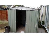 Good condition metal shed with heavy duty for sale