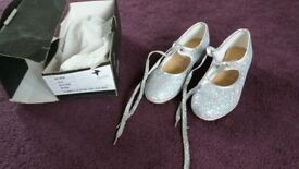 Silver glitter Tap shoes size 13.5
