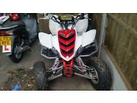 YAMAHA RAPTOR 660 SE RED AND WHITE off Road