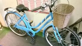 BRAND NEW LOOP FRAME TOWN BIKE WITH BASKET