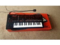 Roland Jdxi Crossover Synth (Immaculate) With Box
