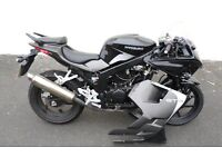 Hyosung GT 125R 2015 65 REG Breaking complete bike for spares
