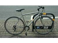 Specialized Sirrus Sport Mavic/XT wheels, Deore