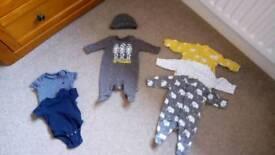 Unisex Tiny Baby (7lb) Clothes