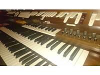 Wurlitzer Organ with leslie speaker