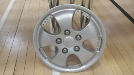 """***USED 5 SPOKE ALLOY WHEEL STYLE 14"""" PLASTIC WHEEL TRIM IN GREAT CONDITION***"""