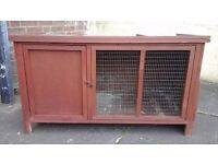 Large rabbit /chicken hutch £25.
