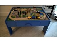 REDUCED FOR QUICK SALE TRAIN TABLE WITH FREE TRAIN SET THOMAS THE TANK ENGINE BRIO TYPE