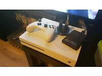Xbox one s 1tb edition like new