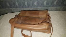 Leather woman's handbag