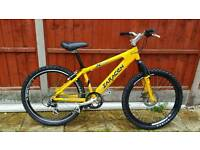 Fantastic mens 26inch Saracen jump/mountain bike in good condition all fully working