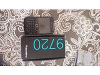 ~Brand new Blackberry 9720~