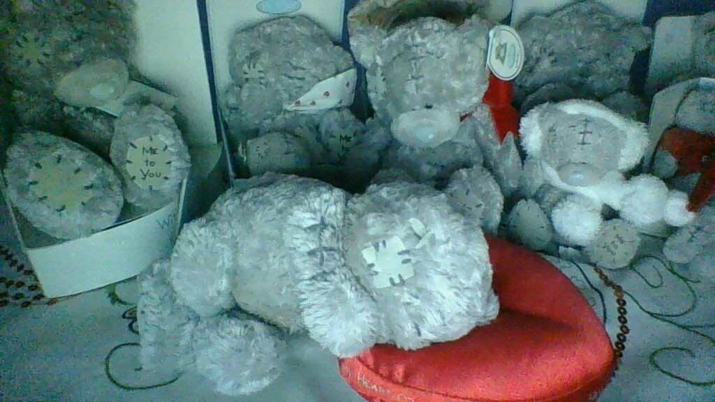 Selection of Me To You Collectable bears, soft and ceramic