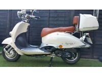 50cc Motor Scooter 2 seater retro style Neco Borsalino Due in cream/chrome almost unsused!