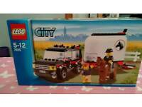 Lego City - Car With Horse Trailer