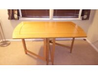 Oak Veneered Double Gateleg Dining Table