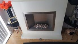 White electric fireplace with metal inner &stones £150 ono