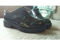 Size 5 lace ups(creeper style)