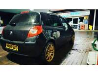 *WANTED* CLIO MK 3 (06)BUMPER AND HEAD LAMP O/S