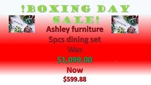 Boxing Day sale Dec/26/2016