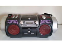 JVC RV- DP200 BOOM BOX IN PERFECT CONDITION AND EXTREMELY LOUD & RARE & HUGE