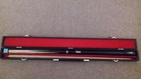 Pool cue snooker cue