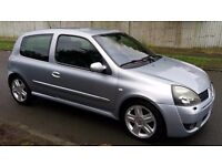 Renault clio 2 litre 16v sport cup 172, low mileage, fast car, very good condition, half leather