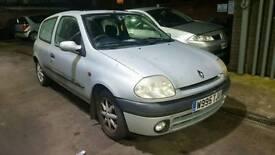 Clio 1.2 petrol tax mot ready to go £250