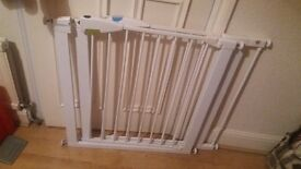 2 x Lindam Easy-Fit Pressure Fit Stair Gates 1 with extension for wider door