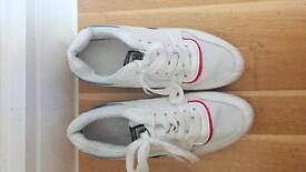 Korean White Trainers U.K. size_5 Eu_38