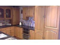 Used kitchen units, worktops, fridge freezer, double oven, electric hob,washing machine All working
