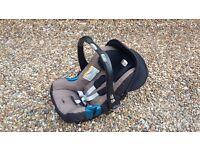Britax Baby-Safe Car Seat & Iso-Fix Base
