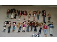 19 Bratz dolls & 2 boy dolls in good condition with clothes & accessories £25