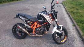 KTM Duke 690 63 Reg Clean tidy bike