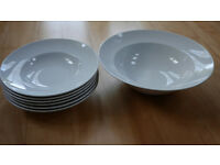 Thomas 6 pasta plates and 1 pasta bowl
