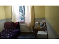 Single room to rent / Female tenant only
