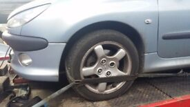 Peugeot 206 set of wheelsin good condition excellen tyres 185/55/15