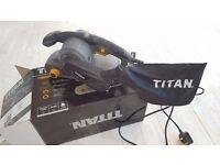 """Titan TITAN TTB290SDR 3"""" BELT SANDER 230V- For rapid sanding of large surfaces"""