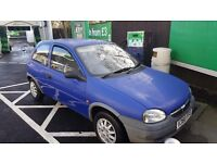 Old wee Corsa for sale. Perfect 1st car!